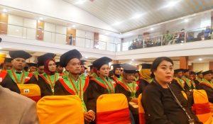 STIH Umel Mandiri Jayapura Wisuda Luluskan Sarjana Hukum dan Magister Hukum Berdaya Saing