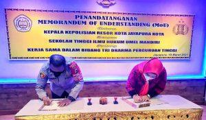 Penandatanganan MOU antara Kepolisian Resor Kota Jayapura dengan STIH Umel Mandiri Jayapura